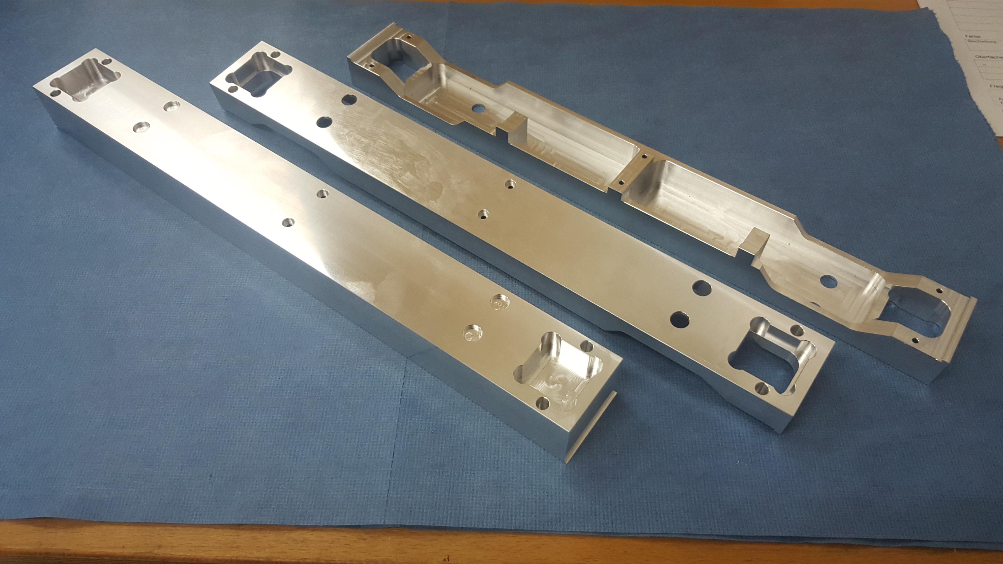 Aluminium Frästeil mit einer Länge von 500mm