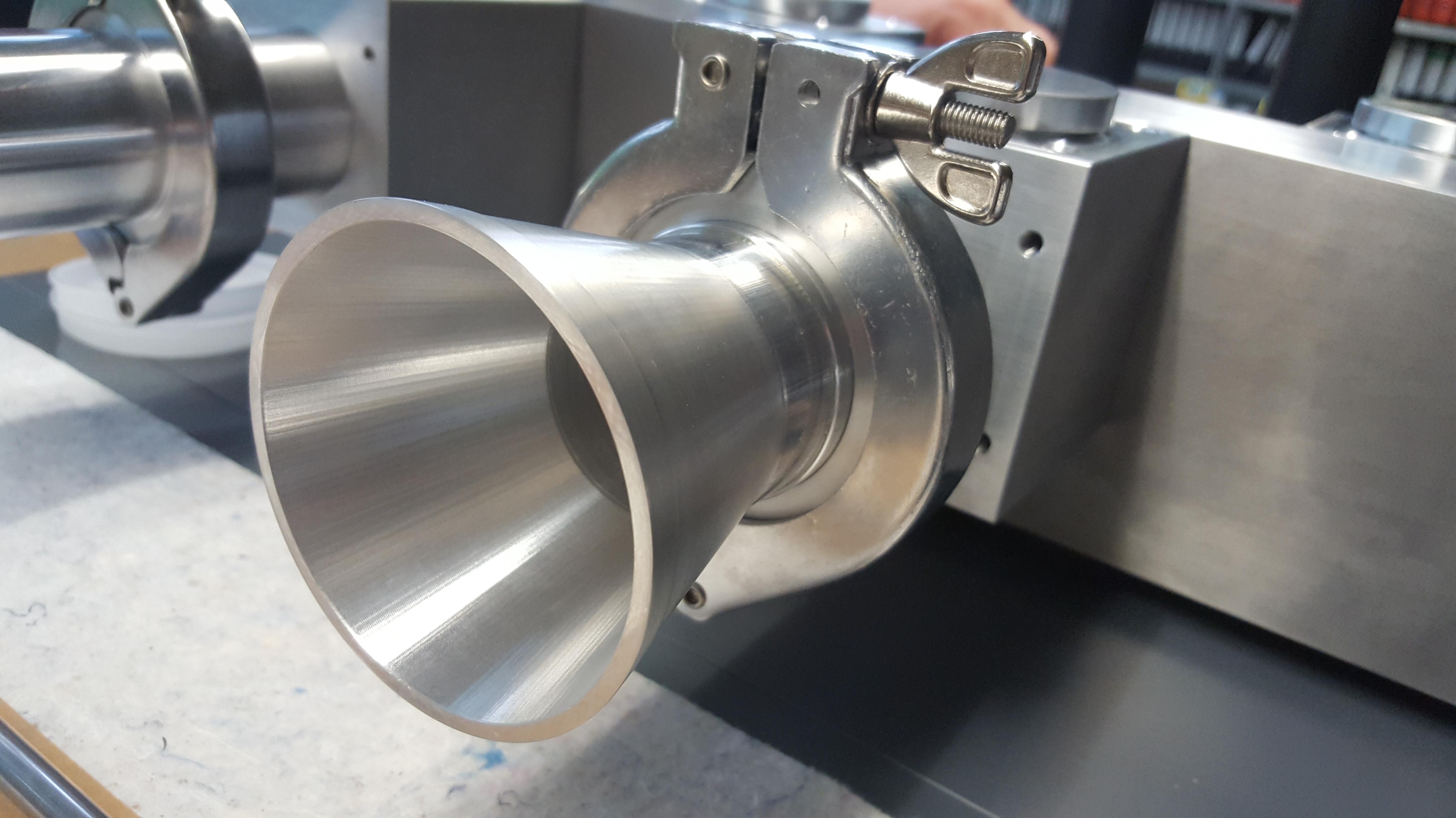 gefräster Trichter aus Aluminium